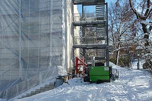 Gerüst Außenfassade Winter Schnee
